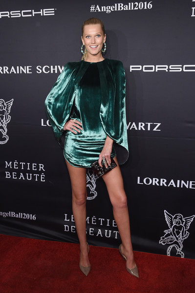 Toni Garrn Metallic Clutch