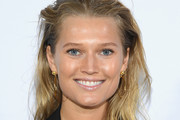 Toni Garrn Long Straight Cut