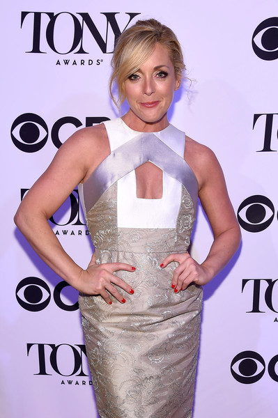 More Pics of Jane Krakowski Loose Bun (1 of 5) - Jane Krakowski Lookbook - StyleBistro [shoulder,clothing,cocktail dress,dress,hairstyle,waist,carpet,red carpet,blond,joint,tony honors for excellence in the theatre and honoring the 2016 special award,diamond horseshoe,new york city,jane krakowski,tony honors cocktail party,recipients,arrivals,recipients]