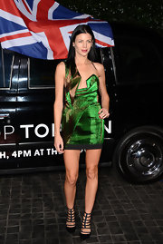 Liberty Ross wasn't afraid to show us what she's working with in this acid green velvet design.