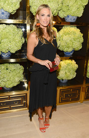 Molly Sims attended the Tory Burch Rodeo Drive opening wearing a flirty LBD.