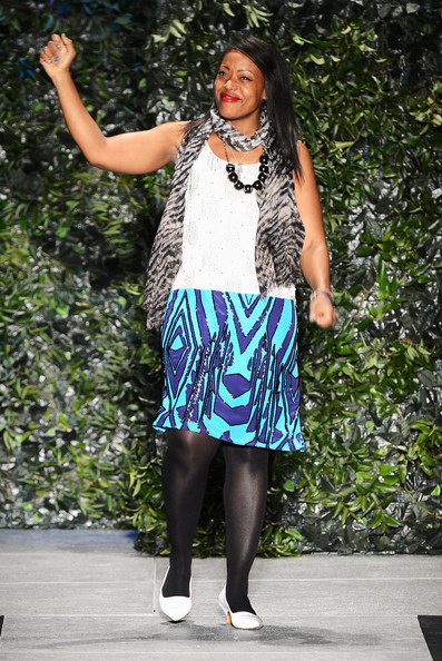 More Pics of Tracy Reese Knee Length Skirt (1 of 5) - Tracy Reese Lookbook - StyleBistro