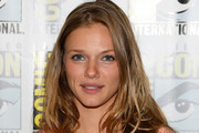 Tracy Spiridakos Long Wavy Cut