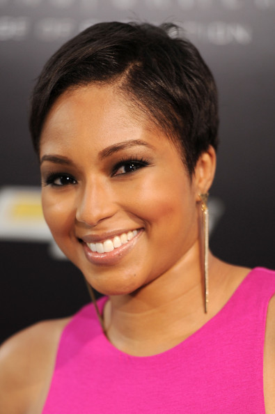 Alicia Quarles looked cool with her short 'do at the premiere of 'Transformers: Age of Extinction.'
