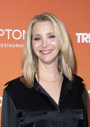 Lisa Kudrow wore her hair in a neat layered style at the 2017 TrevorLIVE LA Gala.