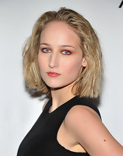 Leelee Sobieski added some texture to her blunt bob at the Tribeca Ball 2011. The added texture gave her look an added edge.