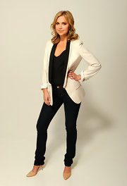Arielle Kebbel stepped out to the 2012 Tribeca Film Festival wearing a classic pair of pumps in buttery leather.