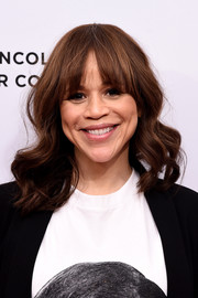 Rosie Perez sweetened up her look with this wavy 'do with eye-grazing bangs for the Tribeca Talks After the Movie event.