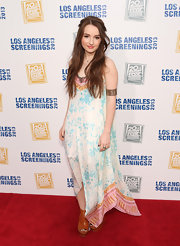 Kaitlyn Dever looked boho chic in this printed flowing maxi.