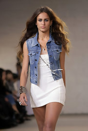 Alice Dellal walked the Twenty8Twelve runway in a summery sleeveless denim jacket.