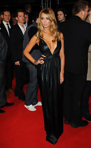 Lauren showed some skin in this black liquid gown at the 'Breaking Dawn - Part 2' London premiere.
