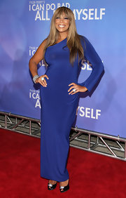 Wendy showed off her elegant side in a long cobalt blue evening gown.