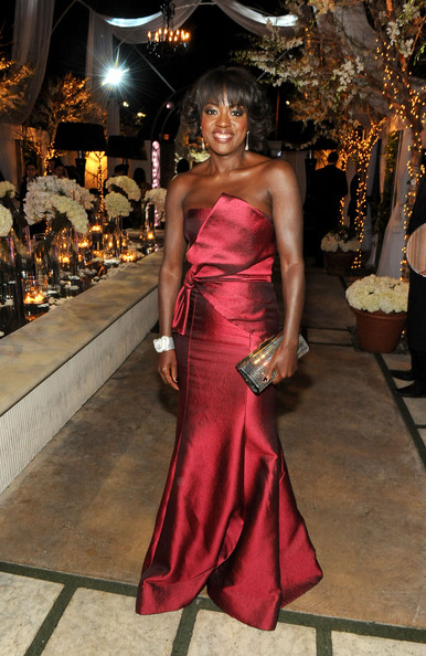 Viola Davis added glimmer to her look with a crystal embellished clutch.