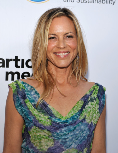 More Pics of Maria Bello Layered Cut (3 of 6) - Maria Bello Lookbook - StyleBistro [ucla institute of the environment and sustainability annual gala,ucla institute of the environment and sustainability annual gala,hair,hairstyle,blond,neck,shoulder,long hair,premiere,smile,surfer hair,brown hair,beverly hills,california,maria bello]