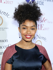 Yara Shahidi looked adorable at the Taste for a Cure event wearing this updo.