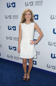 Maggie Lawson's sleeveless white dress featured sparkle embellishments for an added touch of whimsy!