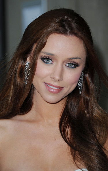 Una Healy Jewel Tone Eyeshadow