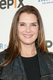 Brooke Shields kept it casual with this loose straight 'do at the De Grisogono party.