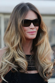 Elle McPherson's long voluminous locks simply radiated. Her two-tone color added to her polished look.