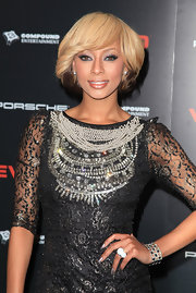 Keri Hilson attended the Ne-Yo and friends event where she sported silver metallic polish.