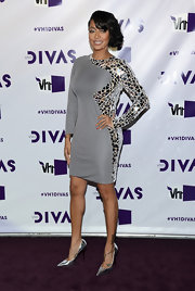 La La looked Space Age in this mirrored disco dress at the VH1 Divas event.