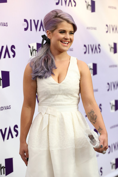 More Pics of Kelly Osbourne Hard Case Clutch (3 of 17) - Kelly Osbourne Lookbook - StyleBistro