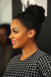 La La Anthony wore her hair in a sweet combination French braid and loose bun at VH1 Divas Celebrates Soul.