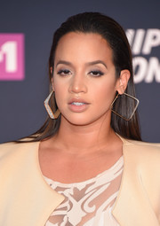 Dascha Polanco wore her hair sleek-straight and partless at the VH1 Hip Hop Honors.