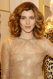Full curls added volume to Vittoria's locks at the Valentino Flagship Store Opening in Milan.