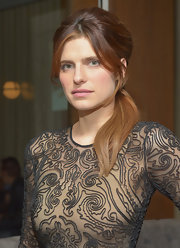 Lake Bell glammed up a casual ponytail with face-framing bangs and a teased crown.