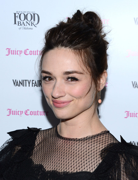 More Pics of Crystal Reed Pink Lipstick (4 of 4) - Crystal Reed Lookbook - StyleBistro