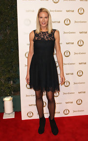 Kelly Lynch wore this lacy frock to the Vanity Fair anniversary party.