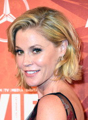 Julie Bowen wore her hair in a textured bob at the Variety and Women in Film pre-Emmy celebration.