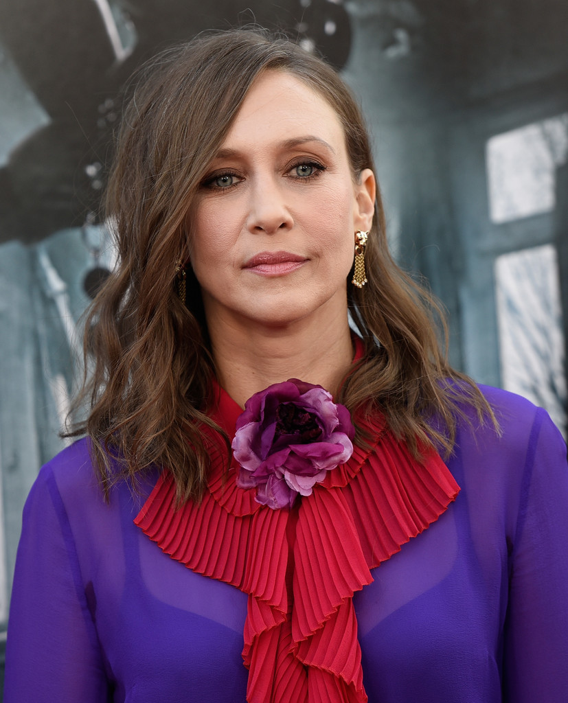 Vera Farmiga Medium Wavy Cut Looks Stylebistro