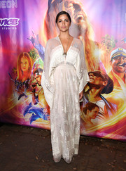Camila Alves looked effortlessly glam in a white caftan by Zandra Rhodes at the SXSW premiere of 'The Beach Bum.'