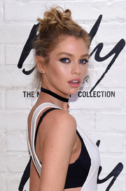Stella Maxwell fixed her locks into a messy knot for the launch of the Easy Collection from Body by Victoria.
