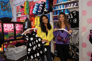 Lily Aldridge and Chanel Iman Photo