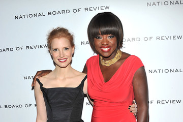 Viola Davis Jessica Chastain 2011 National Board Of Review Awards Gala - Inside Arrivals