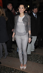 These gray leather pants brought a subtle twist of edge to Giorgia Surina's outfit.