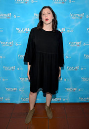 Rachel Bloom kept it simple in a black baby doll dress at the Vulture Festival LA.