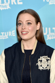 Gillian Jacobs looked youthful with her straight, center-parted hairstyle at the Vulture Festival.