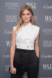 Constance Jablonski arrived for the WSJ. Magazine 2017 Innovator Awards carrying a chic black suede clutch.