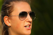 Victoria Azarenka protected her peepers with these classic aviator sunnies at a press conference in Dubai.