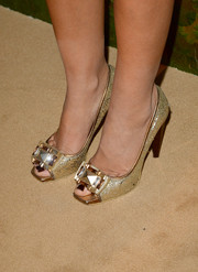 Victoria Hervey went to the Wallis Annenberg Center Inaugural Gala wearing a glamorous pair of embellished gold peep-toes.