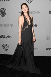 Michelle Monaghan was sexy-goth in a black lace-panel halter gown by Vera Wang at the Warner Bros. and InStyle Golden Globes after-party.