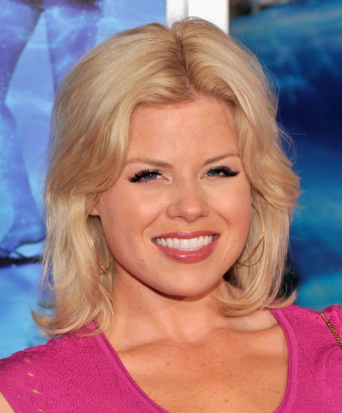 Megan Hilty stuck to her signature choppy layered look at the premiere of 'The Way, Way Back.'