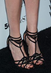 Krysten Ritter finished off her Who What Wear ensemble with a pair of super-sexy black strappy sandals by Jimmy Choo.