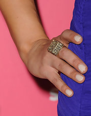 Pia Toscano attended the 'Us Weekly' Hot Hollywood event wearing a gold cocktail ring.