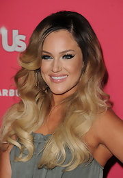 Lacey Schwimmer showed off one of the season's hottest hair trends with voluminous two-toned curls.