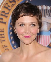 Maggie's pretty pixie chop looked sweet and stylish on the actress.